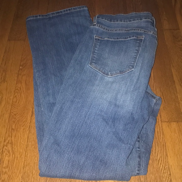 Old Navy Denim - Old navy jeans curvy profile 12 long LIKE NEW